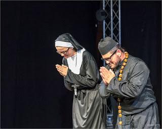 Pater Braun und Armina
