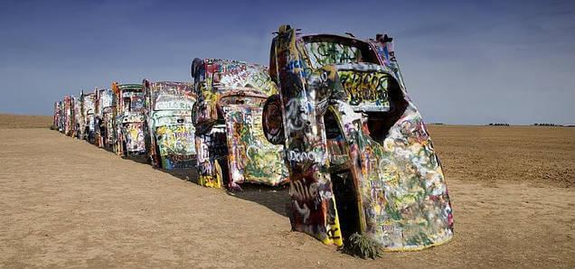 Der Begriff Trash steht in der Kunst für viele Stilrichtungen.